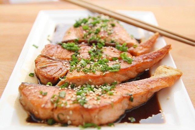 鮭を食べてアンチエイジング